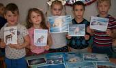 В Коктебельском детском саду прошел мастер-класс «Аппликация белого медведя из крупы и соли»