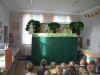 """В детском саду прошло театрализованное представление на тему:""""Тимошкина жадность"""""""